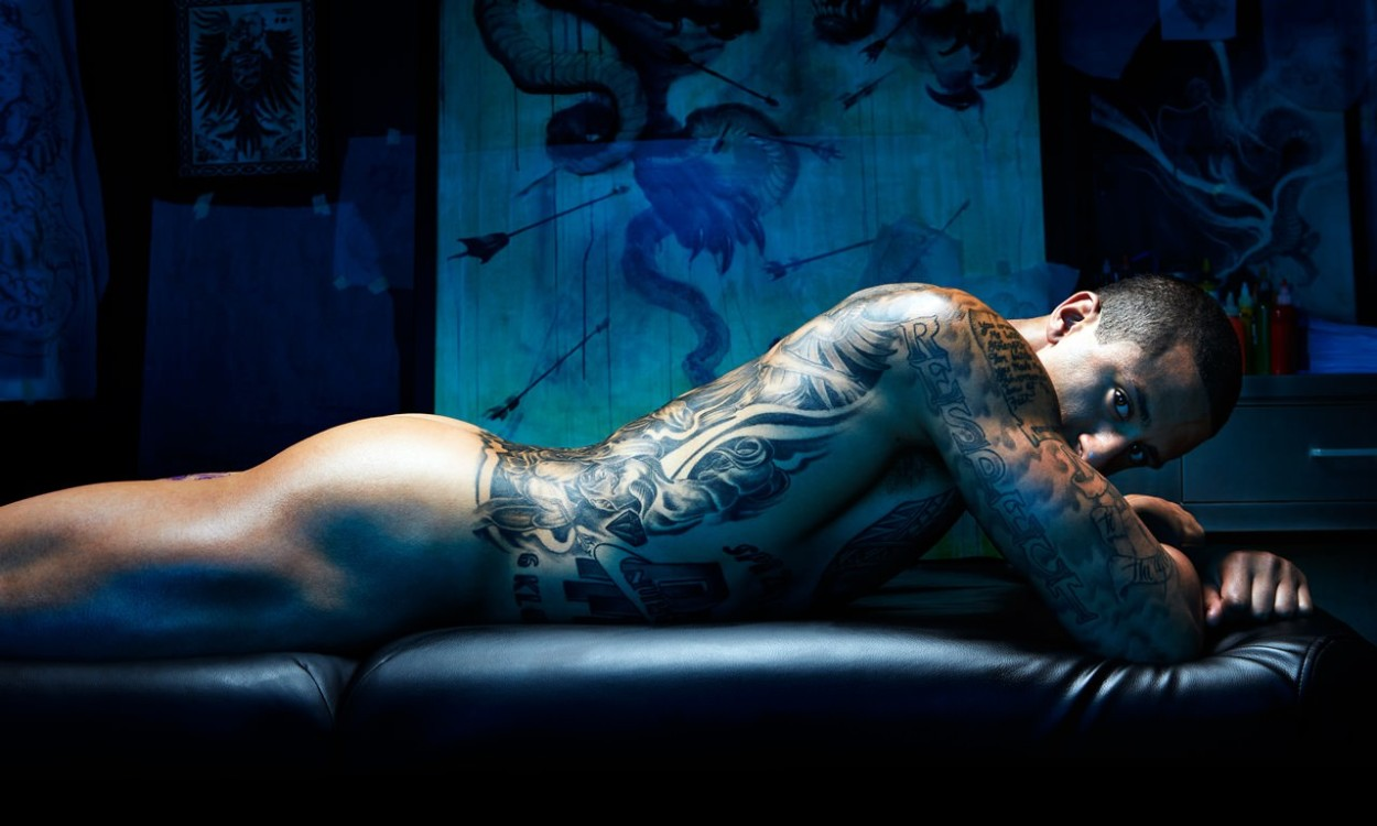 Colin-Kaepernick-ESPN-Body-Issue-2013-Video-01-2013-07-09.jpg